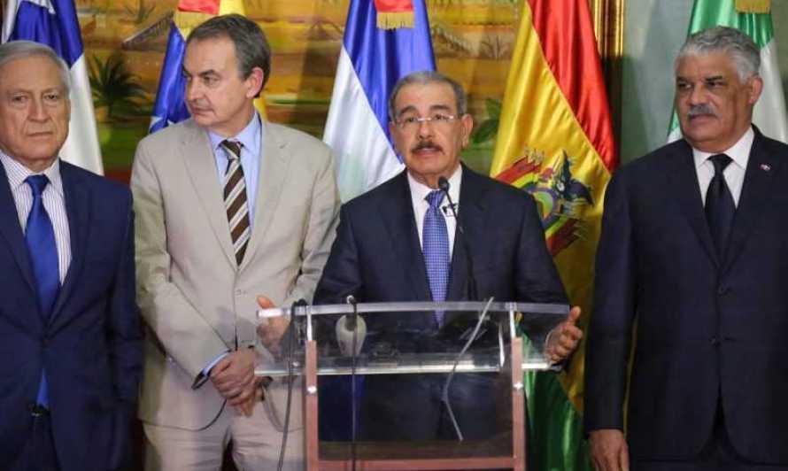 Ambiente positivo en diálogo mediado por Danilo Medina por la paz de Venezuela;