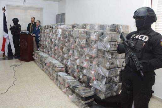 Autoridades dominicanas decomisan 1,600 kilos de cocaína