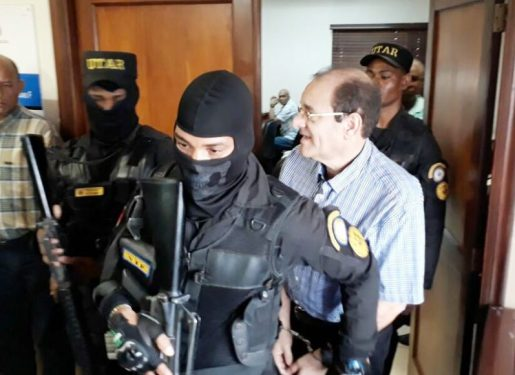 Jueces aplazan juicio contra Winston Rizik