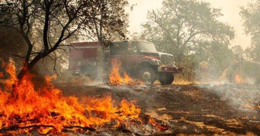 Incendios en California dejan más víctimas