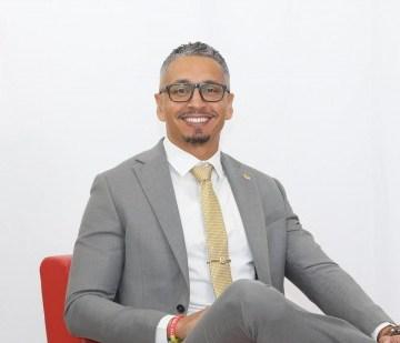 Alvin Molina su perspectiva di politica