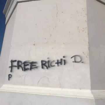 Stichting Monumenten Fonds Aruba ta lamenta cu ta hasi danjo na Lighthouse