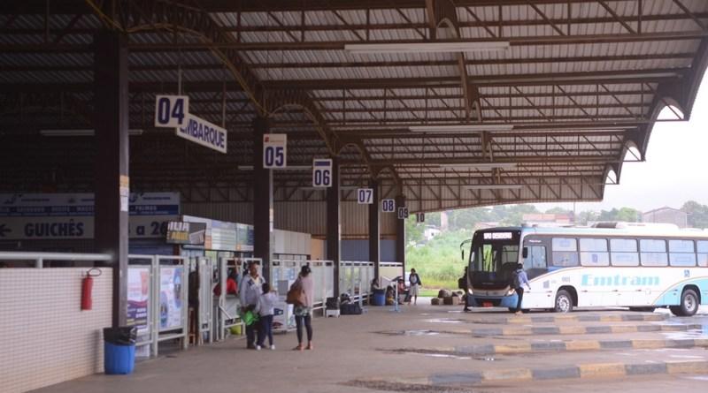 Bahia chega a 90% de cidades com transporte suspenso devido à ...
