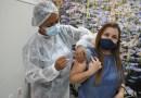 BARREIRAS: Profissionais de saúde da linha de frente no combate à Covid-19 começam a ser imunizados