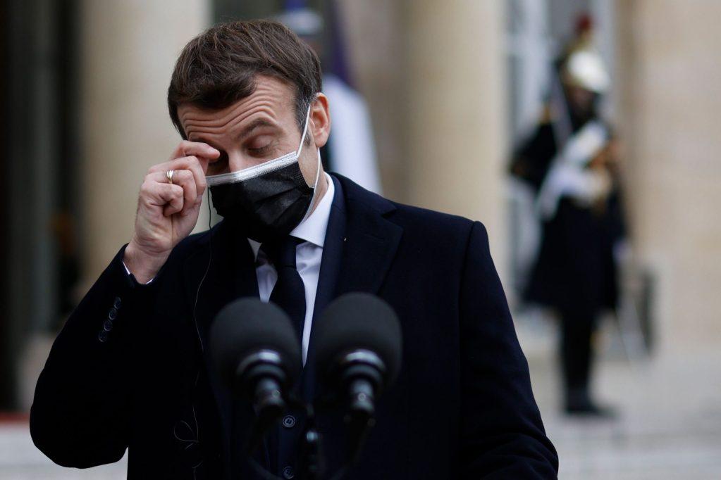 Presidente francés Emmanuel Macron da positivo por coronavirus