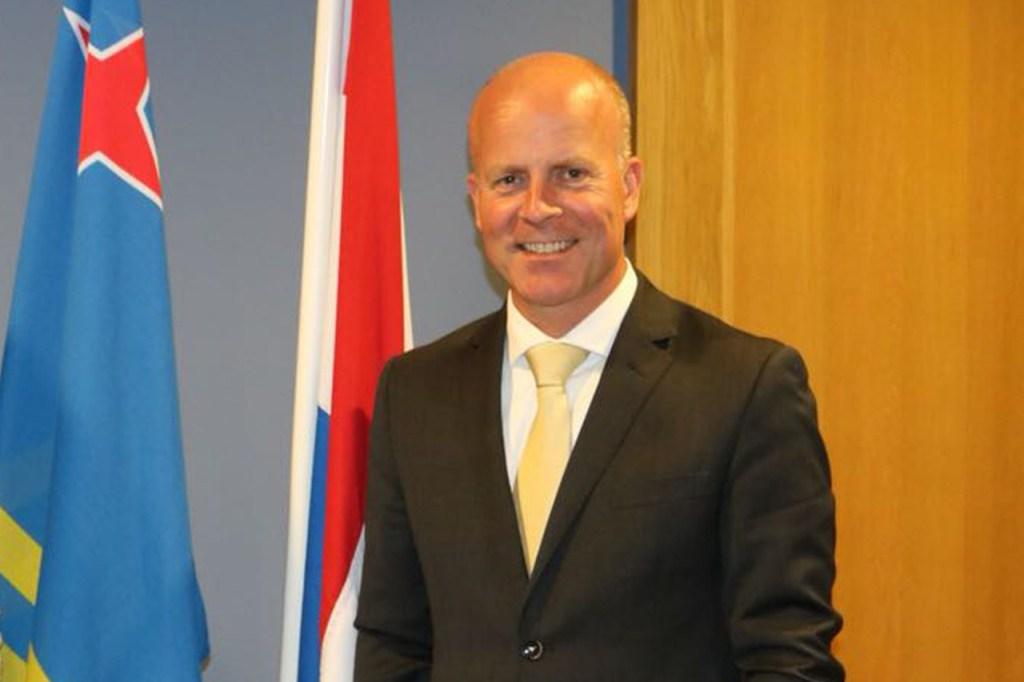 Raymond Knops secretario de estado estara en Aruba esta semana
