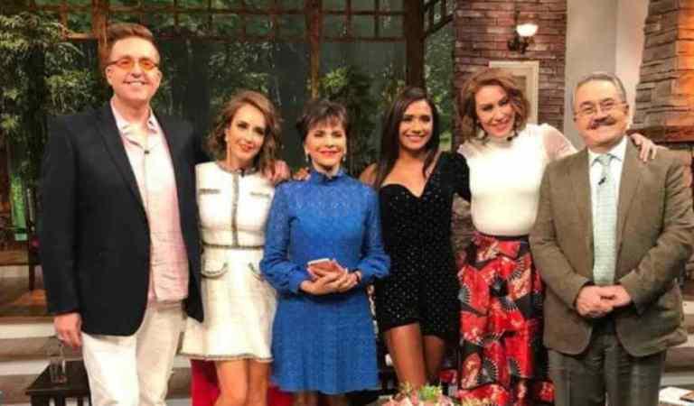 Ventaneando comete error y promociona programa de Televisa