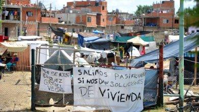 Photo of CARRIÓ DENUNCIÓ AL GOBIERNO NACIONAL POR LA TOMA DE LUGANO