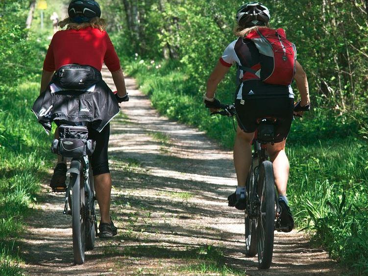 turismo-bicicletas-naturaleza