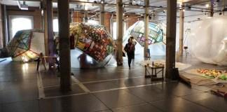 El Centro Botín acoge un taller de diseño de espacios hinchables para jóvenes y familias