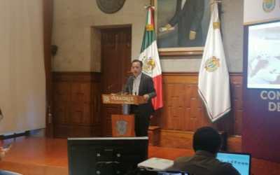 Responde Cuitláhuac a Yunes Márquez: 'No voy hacer leña del árbol caído'