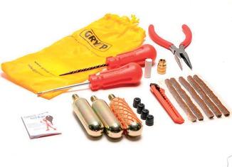kit reparapinchazos mecha 300x199 Sistemas para reparar pinchazos: pros y contras