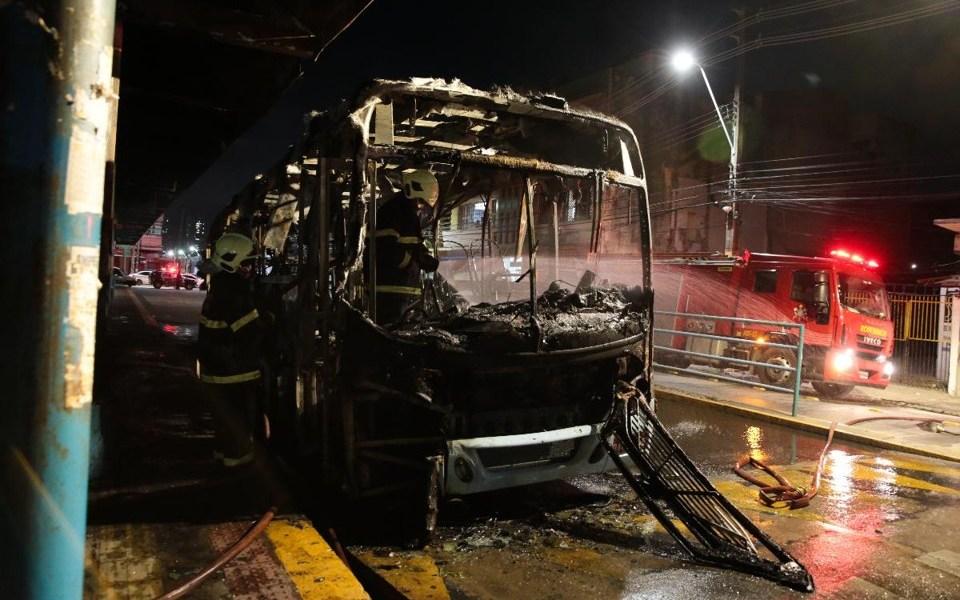 Operação da Policia Civil detém 14 pessoas envolvidas em ataques no Ceará