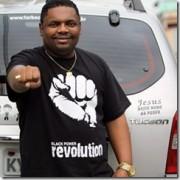 Funkeiro MC Marcinho afirma que quer ser pastor e que converte  muitos nos bailes funks cariocas