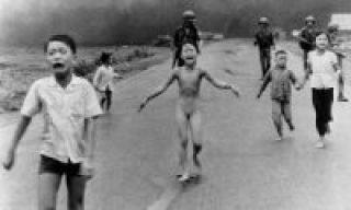 40 anos depois da Guerra do Vietnã, menina da famosa foto conta como Deus mudou sua vida