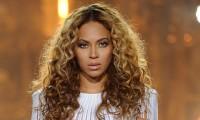 """Fãs criam seita para adoração da cantora Beyoncé: """"Uma deusa que fala e respira""""; Veja vídeo"""