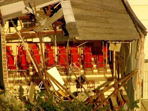 Parte dos fundos do templo continua de pé