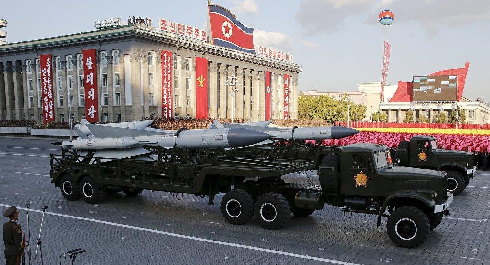Resultado de imagem para Pronta para a guerra contra os EUA, Coreia do Norte evacua capital e movimenta mísseis nucleares