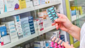 Insumos médicos autorizados: cómo detectar falsificaciones y elegir lo seguro