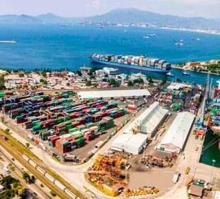 Movimiento de carga en Puerto de Manzanillo cae 8,2% a junio