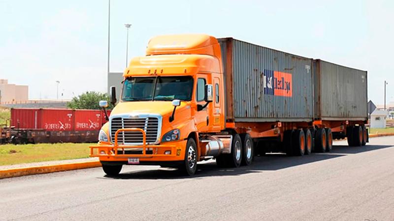 Transportistas, a favor de la militarización de puertos