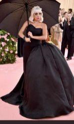 1 b Lady Gaga
