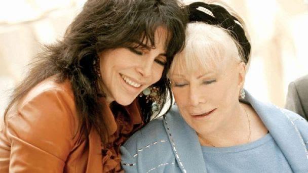 A los 85 años de edad, fallece mamá de Veronica Castro 1
