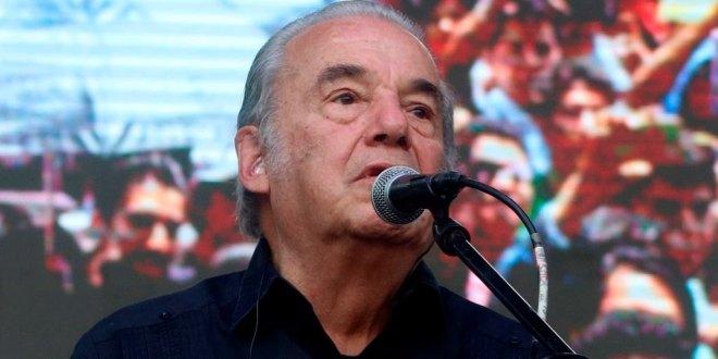 Tras ser hospitalizado por síntomas de COVID-19, muere Óscar Chávez 1