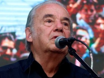Tras ser hospitalizado por síntomas de COVID-19, muere Óscar Chávez 7
