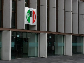 PRI pone a disposición sus oficinas para que niños accedan a clases por televisión 6