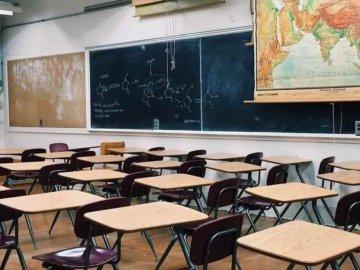 López Obrador analiza apoyos para que escuelas particulares no cierren 2