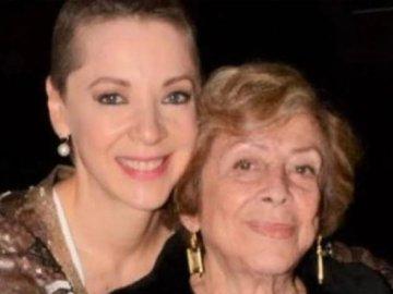 Fallece Doña Ofelia Fuentes, madre de Edith González 2
