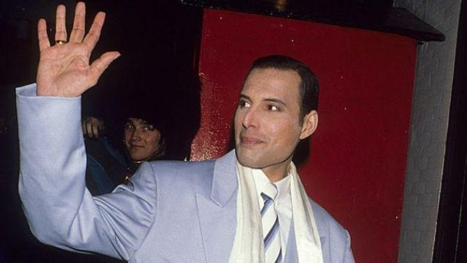 A 29 años de la muerte de Freddie Mercury, así lo recordamos 12