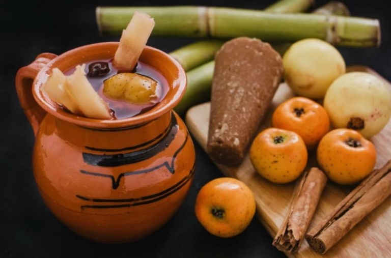 Ponche, la bebida más deliciosa de diciembre. Conoce su origen y propiedades 1