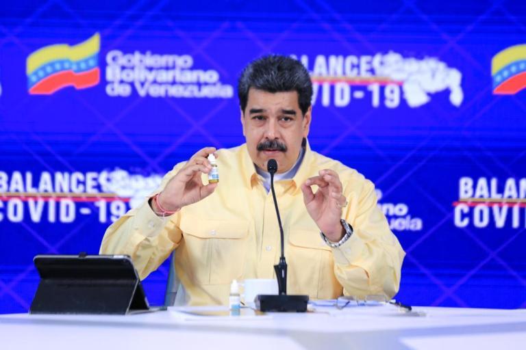 """Por video de """"gotitas milagrosas"""" Facebook bloquea la cuenta de Nicolás Maduro 1"""