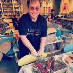 ¡Feliz cumpleaños 74 Elton John! 4