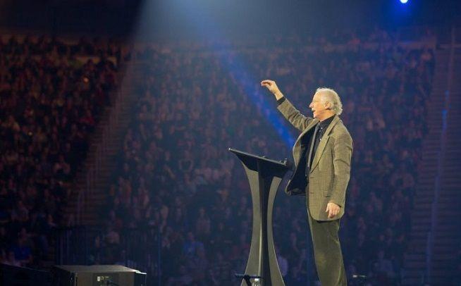 John Piper regresa a la conferencia «Passion 2020»