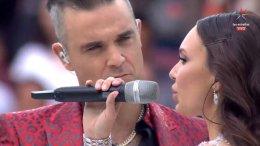 Aida-Garifullina-Robbie-Williams