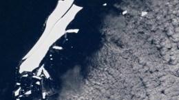 Iceberg B-15