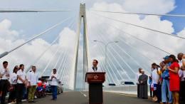 puente sobre el canal de panama