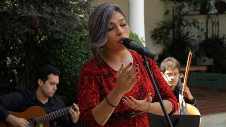 Cantante Lírica Deborah Emperatriz