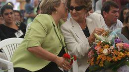 Michelle Bachelet y su madre Angela Jaria