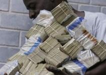 be7685026070406a215779b242f1aa2e - Los alcaldes elevan sus sueldos pese a los recortes