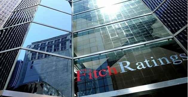 51b8ab8a165aa1fb5a57daf7b2513248 - Fitch rebaja dos escalones la deuda española por la crisis del euro