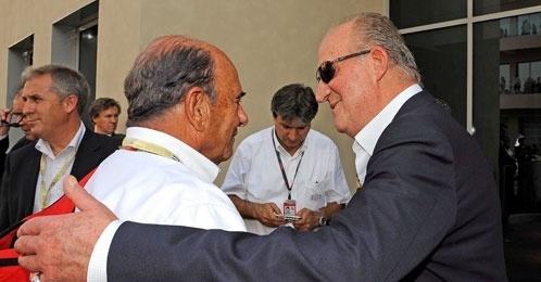 Emilio Botín y Don Juan Carlos charlan amistosamente