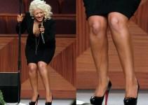 f156e28496ce325707a7a5ce53742c71 - Christina Aguilera sufrió un vergonzoso percance en el funeral de Etta James