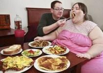 b5bedb56f1834c824effc2e21a2bbc2b - Otra mujer obsesionada con su peso: quiere llegar a 730 kilos