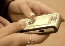 727bc3e4d608fe10fff973bb7a50b7fe - Encuentra fotos de hombres desnudos en el teléfono móvil que acaba de estrenar