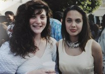 0fd4836257f54a94b1cdb37b84c7708b - Fotos desenterradas del pasado de Angelina Jolie