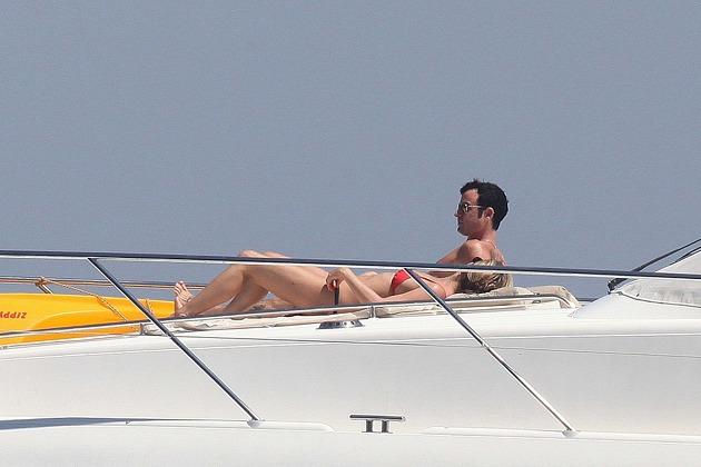 j7 - Sin Photoshop pero real: el cuerpazo de Aniston